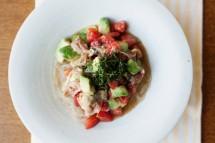 生ハムとアボガドの冷製麺